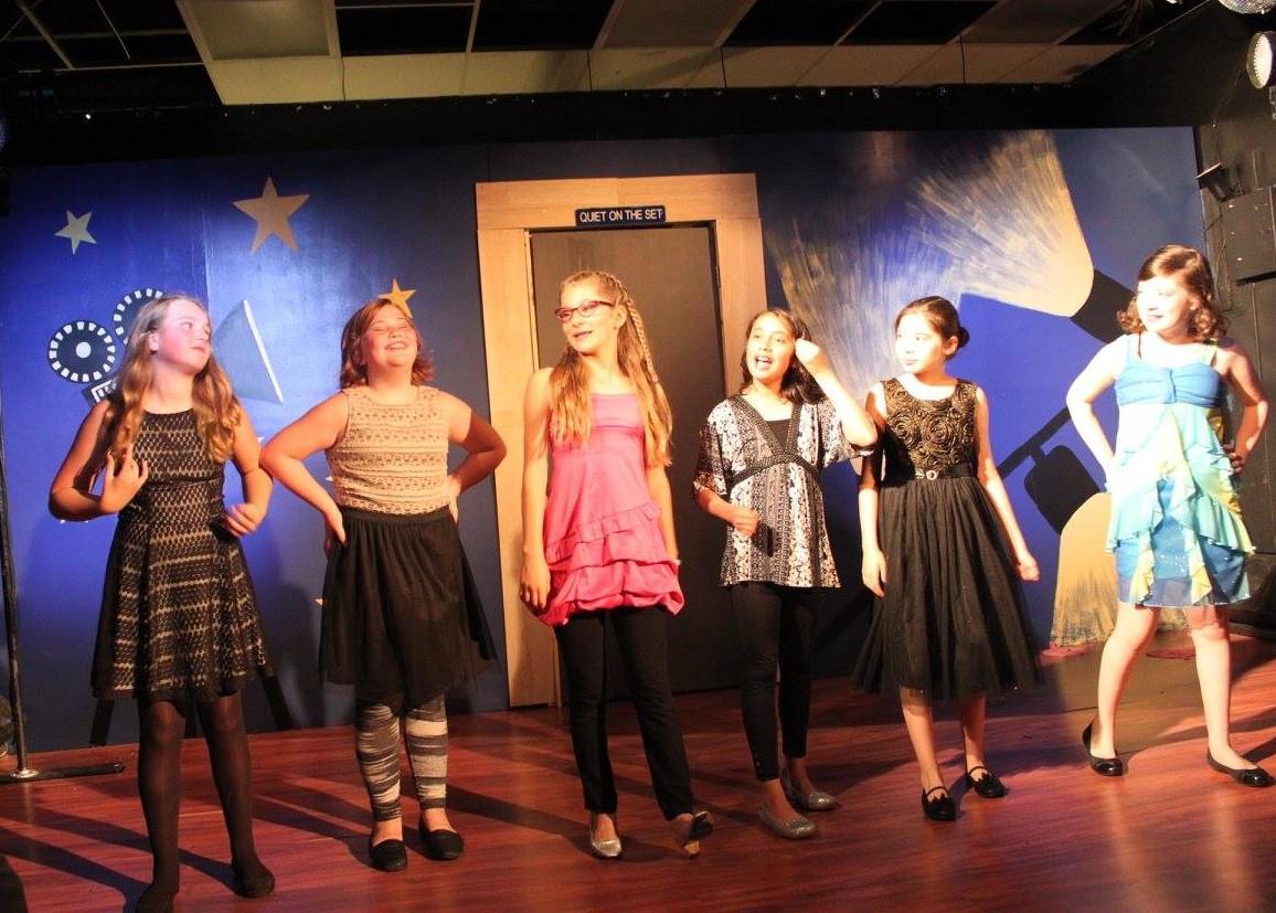 schools theater program - HD1156×827