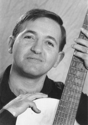 primary-Ram--n-Tasat--tenor-and-guitar-1478270134