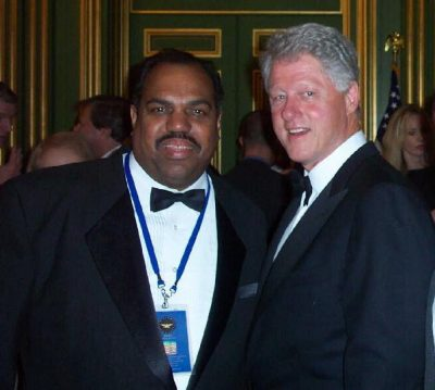 Daryl Davis with President Bill Clinton.