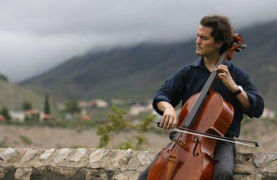 Grammy Award-winning cellist Zuill Bailey.