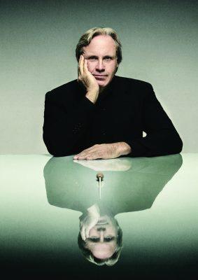 Maestro Markus Stenz
