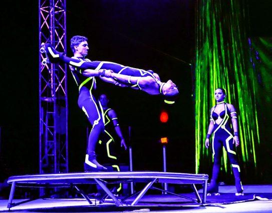 Members of the Giannuzzi family perform stunts on roller skates.