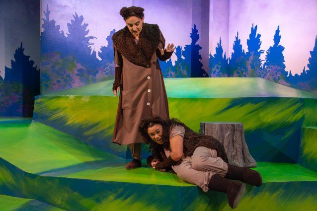 The bear pair features Karen Vincent as Mama Bear and Alex De Bard as Little Bear.