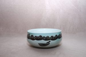 Somewhere Over the Sea: Pottery by Eunkyung Han