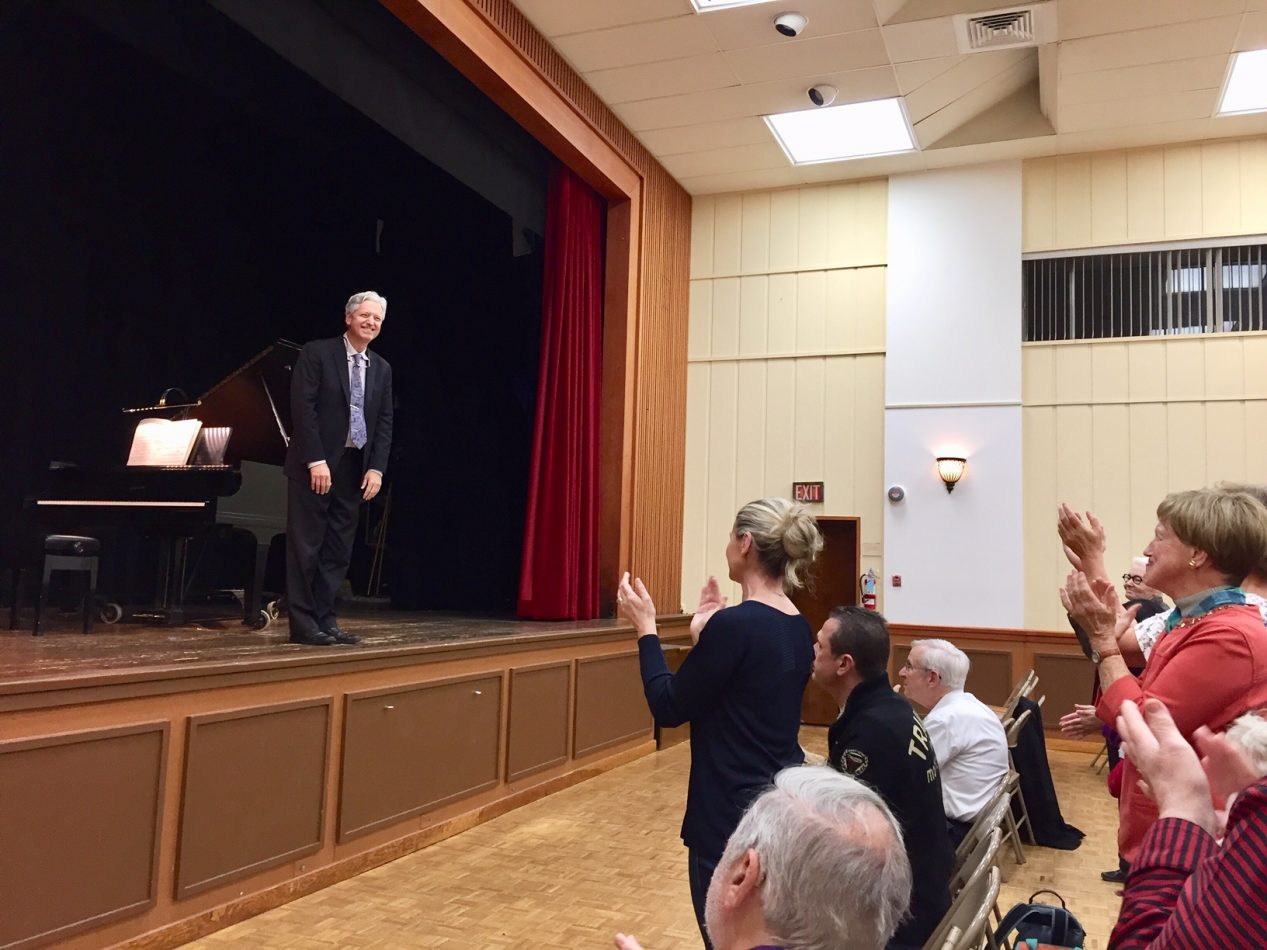 Pianist Brian Ganz performed works by Chopin at a Musical Arts International concert in October.