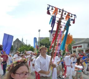 Parade with Washington Revels