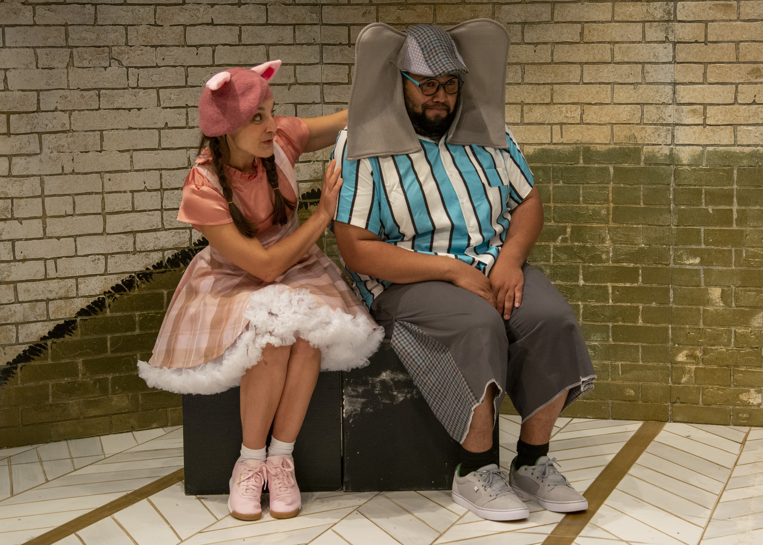 Feeling all the feels, Karen Vincent as Piggie and Derrick Truby as Gerald navigate friendship and sharing.